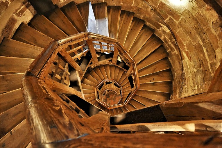 spiral-staircase-3598458_960_720